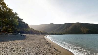 Playa Gairaca